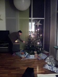 S. lighting the tree.