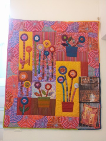 Kaffe Fasset Style Quilt at 'Cotton & Color: The Patchwork and Quilt Shop', Riehen/Basel, Switzerland